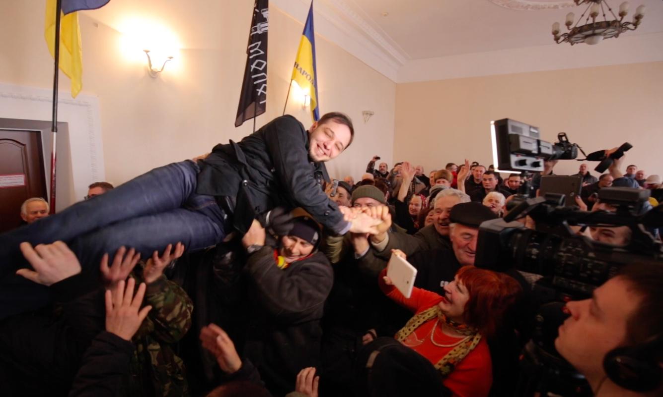 """Юрія """"Хорта"""" Павленка звільнили з-під варти в залі суду. ФОТО, ВІДЕО"""