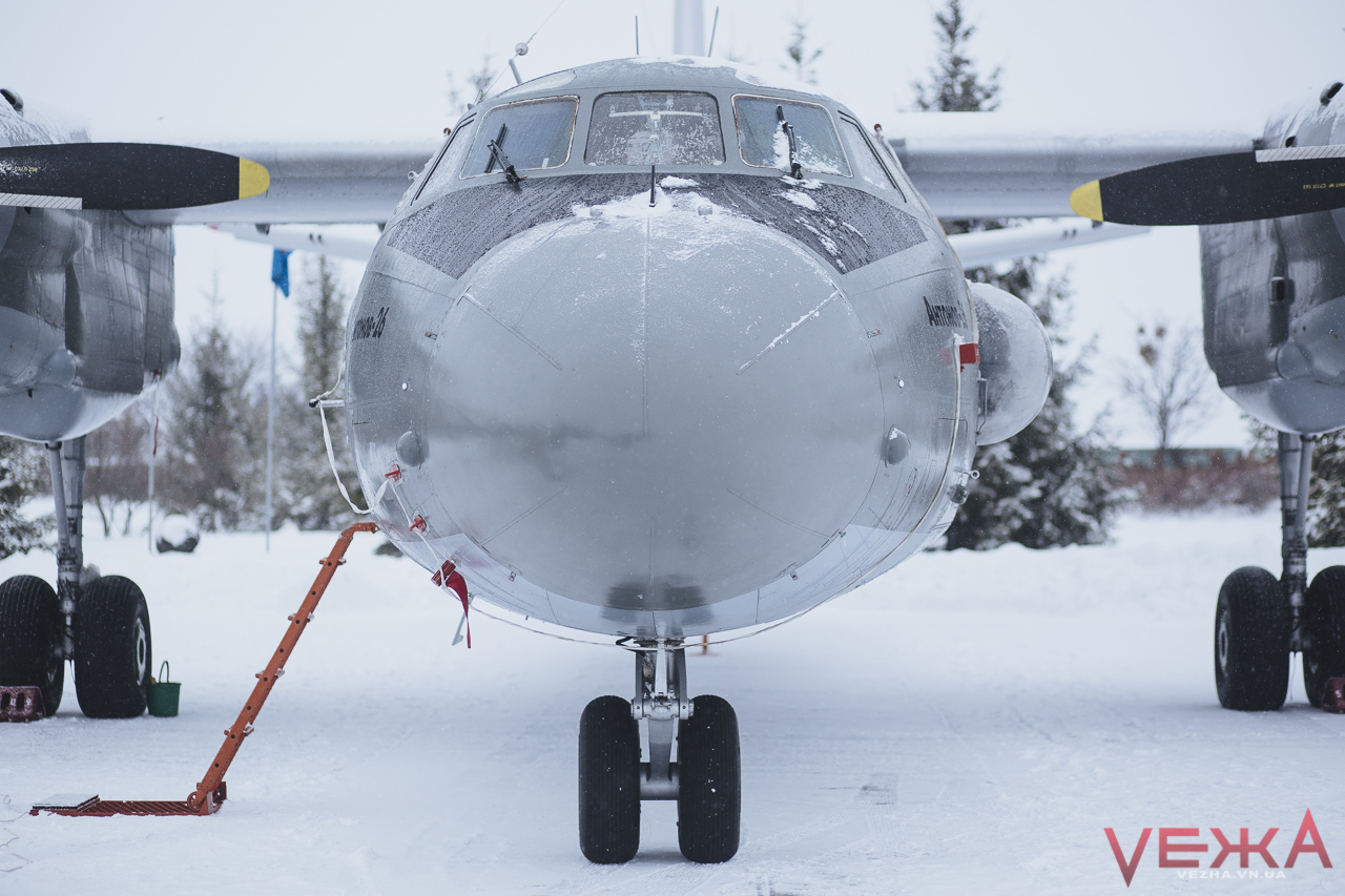 Вінницькі аси отримали літак, названий на честь героя-побратима. ФОТОРЕПОРТАЖ