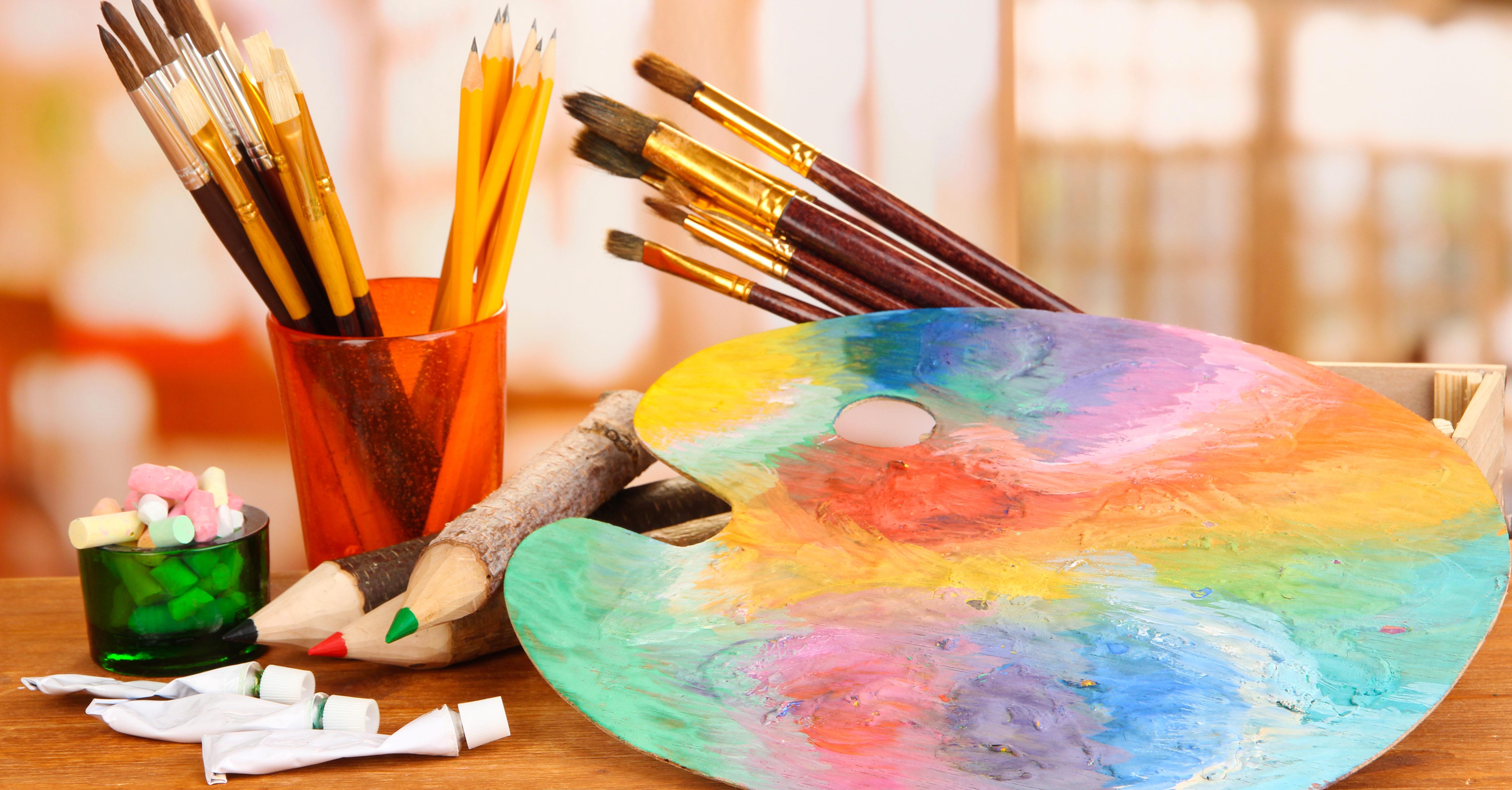 Малювати, щоб жити: вимушеним переселенцям у Вінниці зніматимуть стрес мистецтвом. ВІДЕО