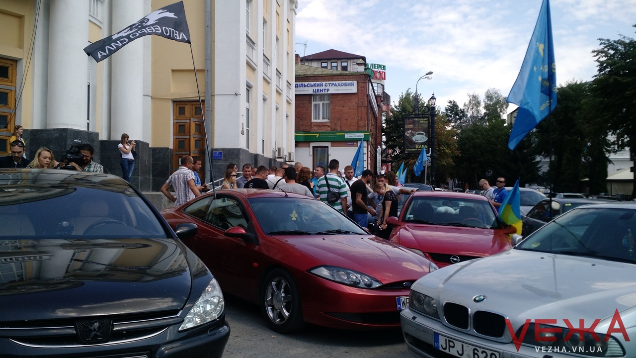Вінницькі депутати вкотре проігнорували вимоги автовласників: активісти готують масштабний мітинг