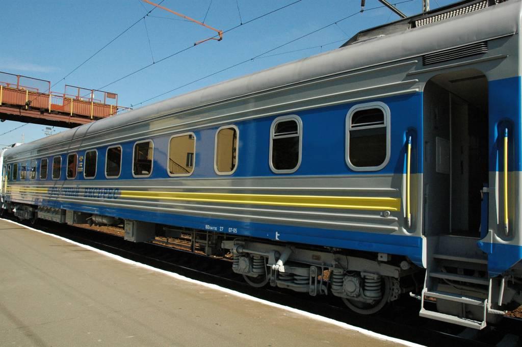 В Одесу вінничани зможуть дістатись додатковим «вихідним» потягом