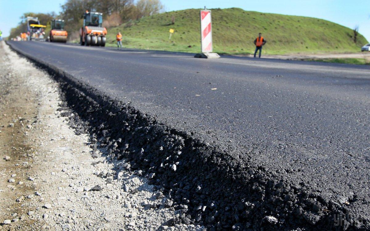 Майже три кілометри траси з Вінниці на Хмельницький відремонтують за 69 мільйонів