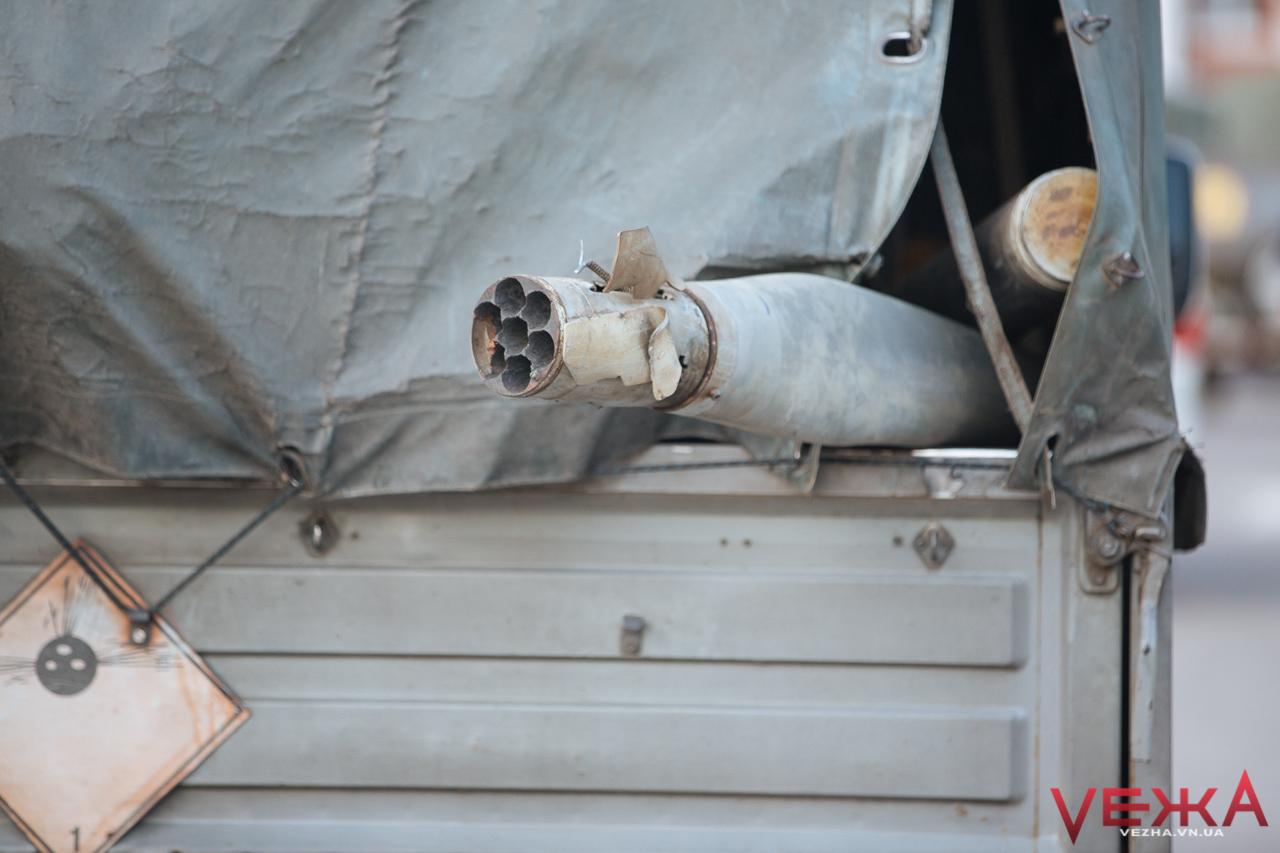 Вибухи на складах у Калинівці припинилися – Міноборони