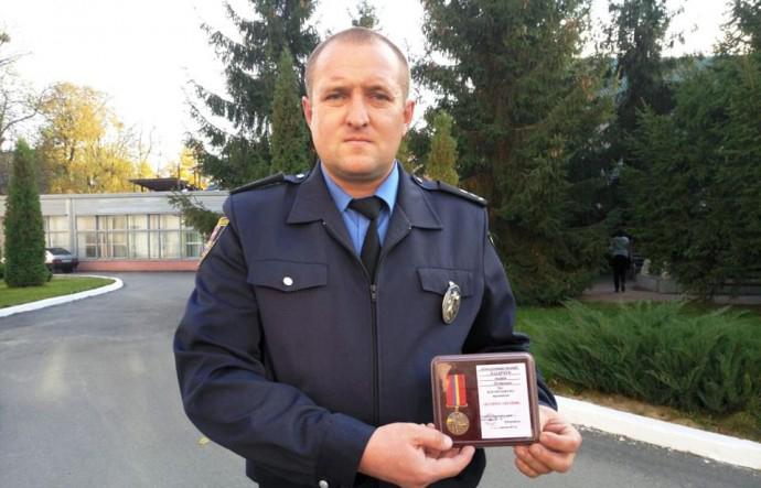 На Вінниччині поліцейський поселив у своїй квартирі 22 постраждалих від вибухів в Калинівці
