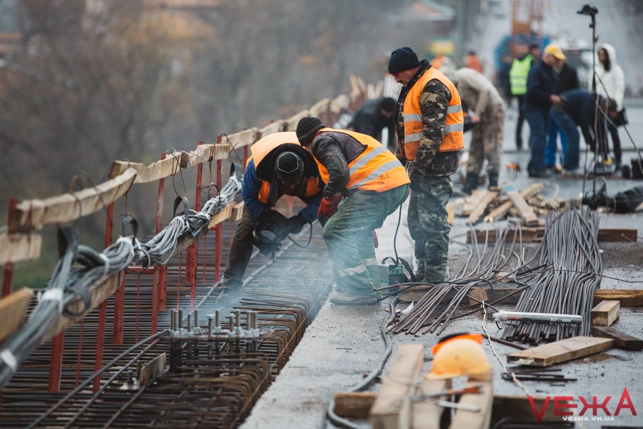 """Потрібен ще тиждень + """"запас"""": у мерії прокоментували результати досліджень міцності Київського мосту"""