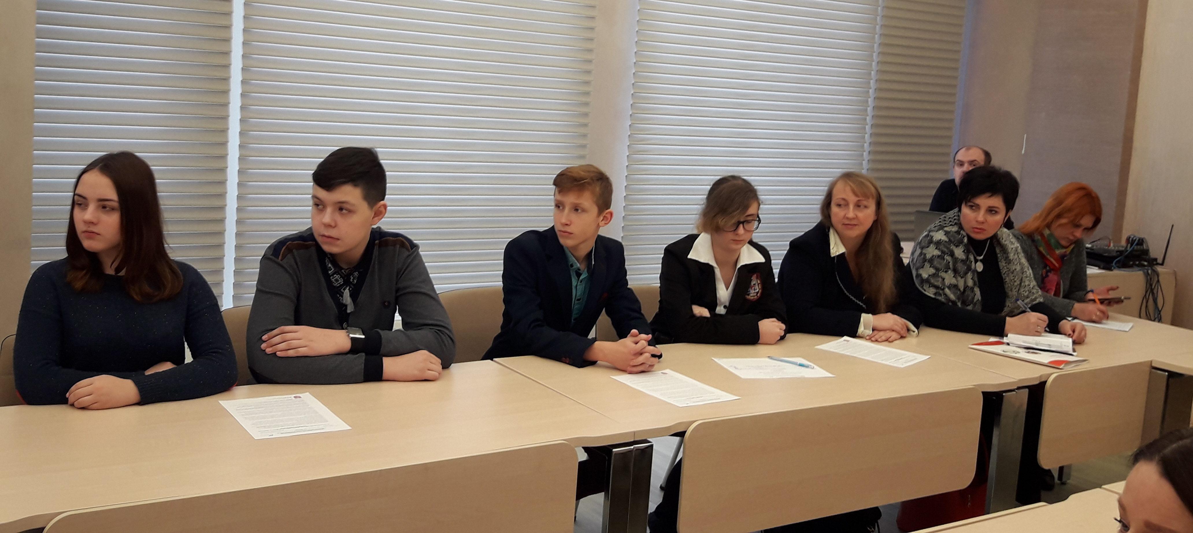 ПТУ vs. університет: вінницьких школярів мотивують обирати робітничі професії