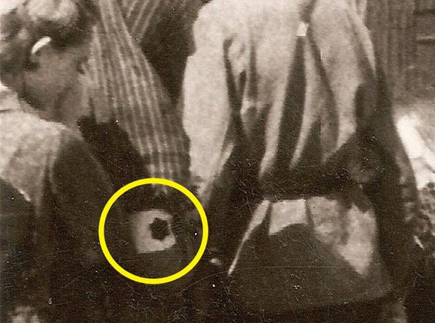 """""""Жовті зірки"""" у Вінниці: історики опублікували унікальні фото з міського базару часів Голокосту"""