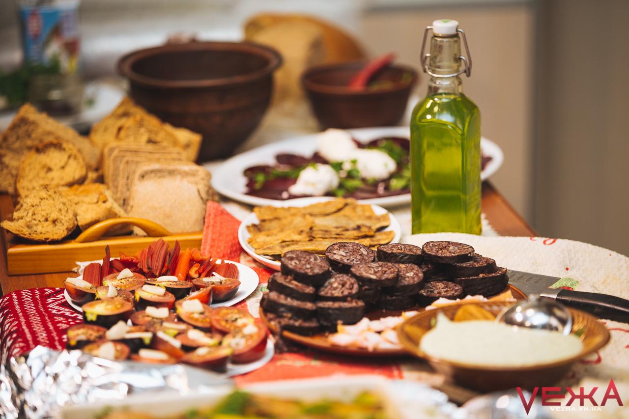 """""""Гастроєдність"""": вінничан запрошують святкувати День Соборності, смакуючи українські страви"""