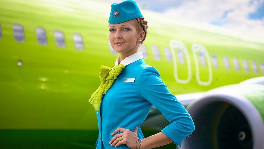 «Welcome to plane»: у Вінниці відкрили школу для майбутніх стюардес. ВІДЕО
