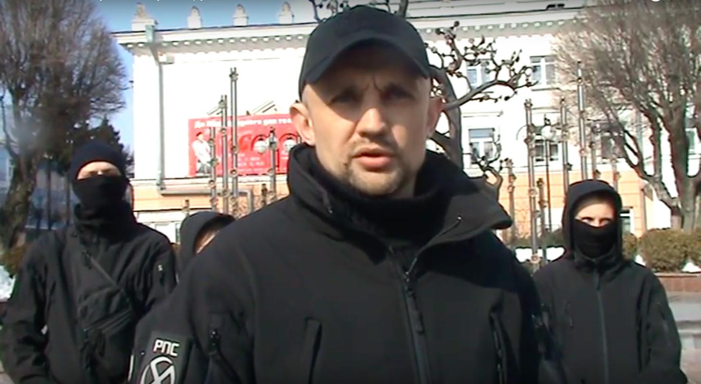 """""""Революційні праві сили"""" погрожують знищити меморіал Небесній Сотні у Вінниці. ВІДЕО"""