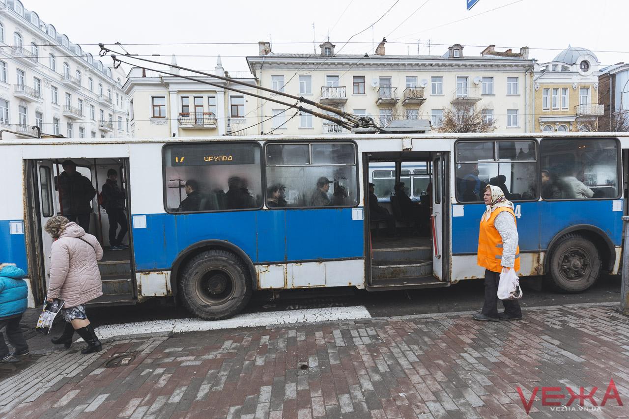 Більше автобусів та новий тролейбусний маршрут: вінничани зареєстрували нові петиції до міської влади