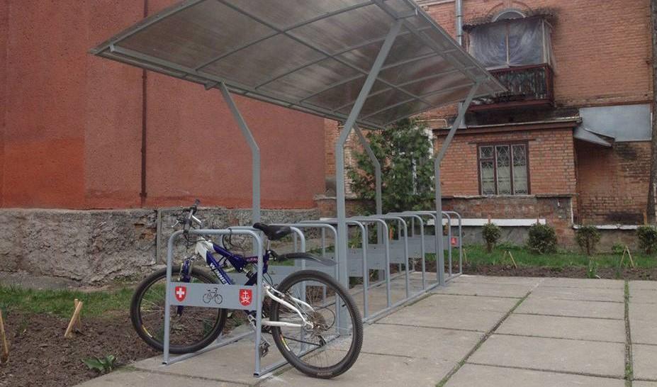У Вінниці встановлять 36 велопарковок біля шкіл, стадіонів та лікарень