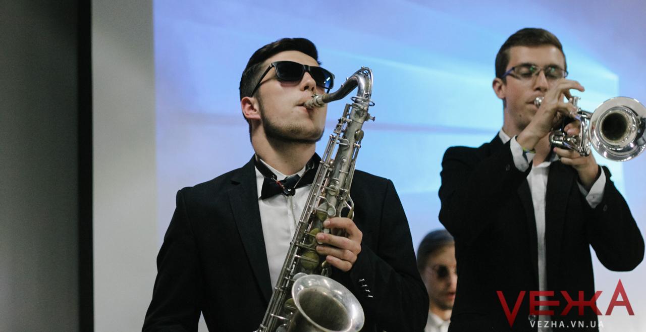 """""""Продано!"""": у Вінниці влаштували концерт та благодійний аукціон заради онкохворих дітей. ФОТОРЕПОРТАЖ"""