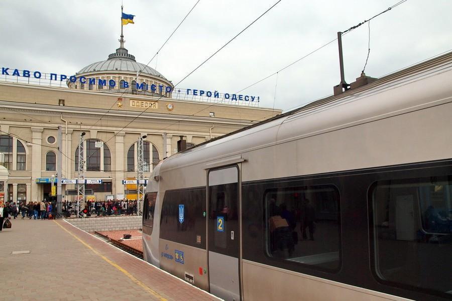 Завтра з Вінниці до Одеси почне ходити додатковий потяг
