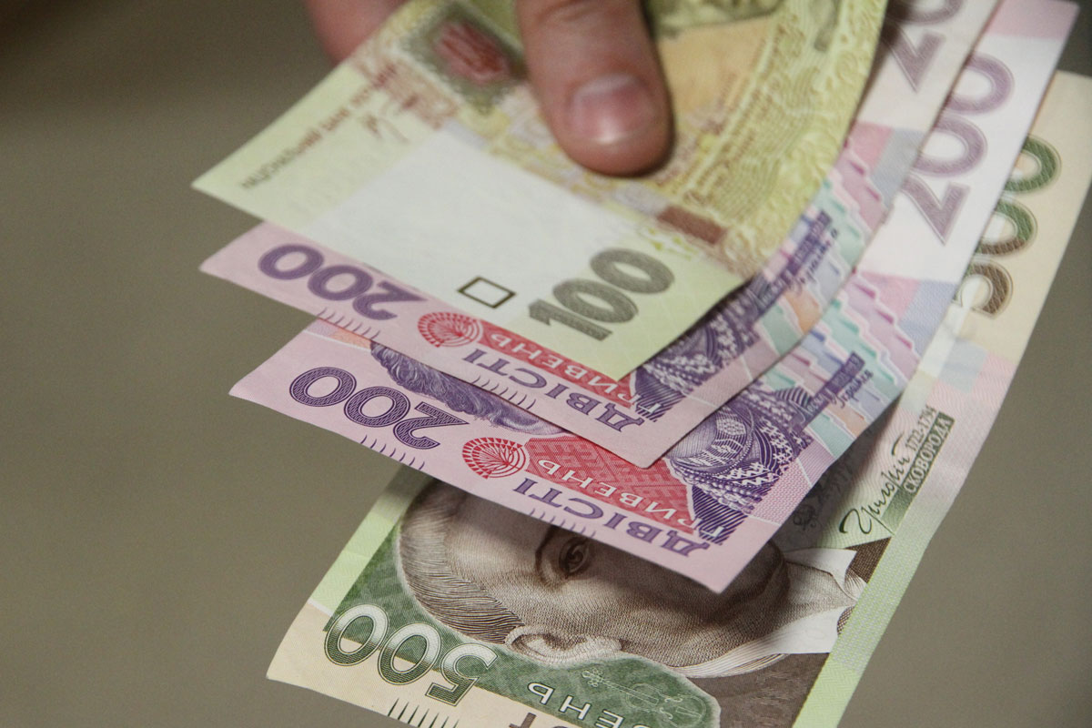 Комунальники-хабарники: на Вінниччині викрили групу злочинців, що заробляли на державних закупівлях