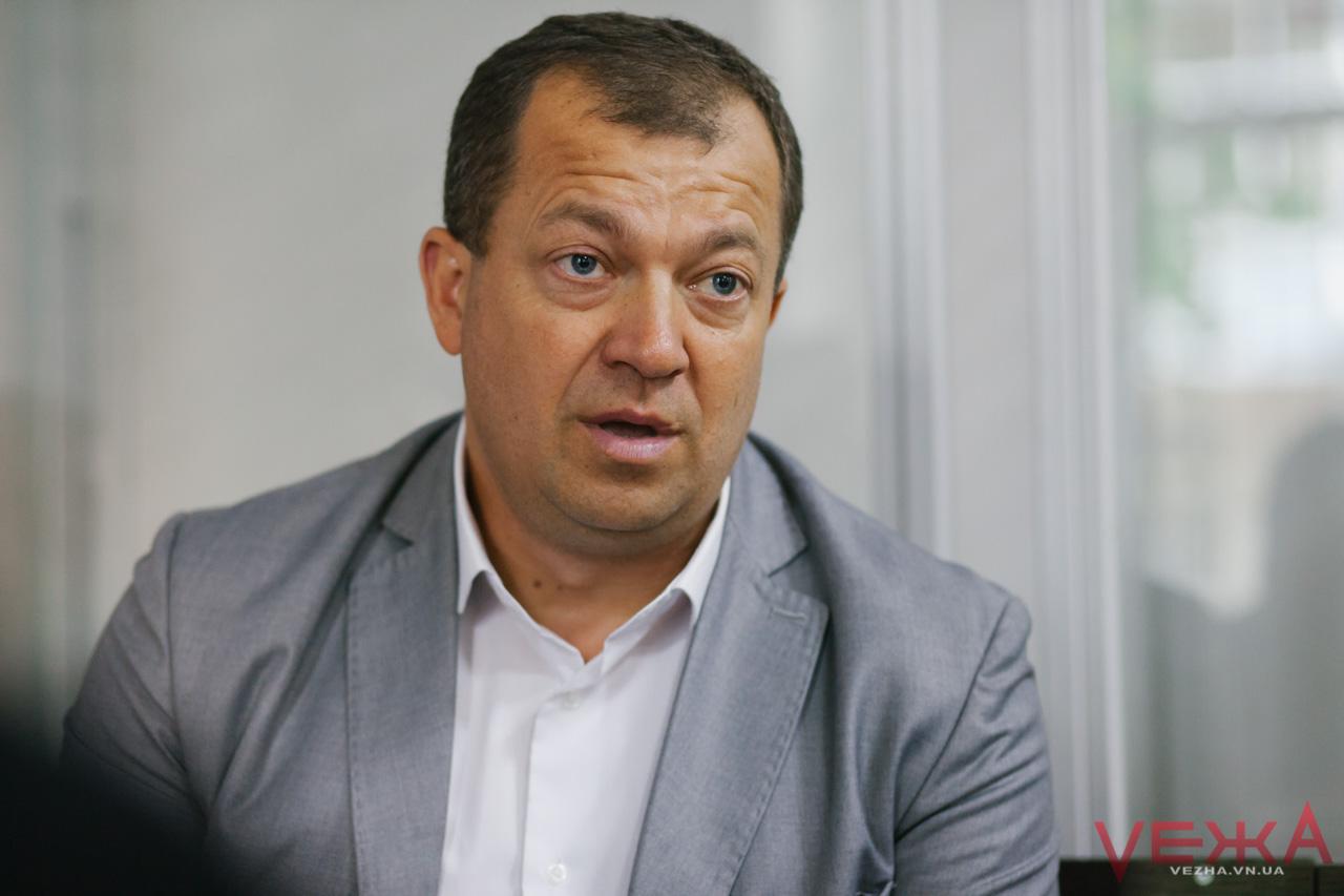 Пожежний, який став суддею: у Вінниці розповіли про рівень довіри до суду та «людський» бік суддівства. ФОТО