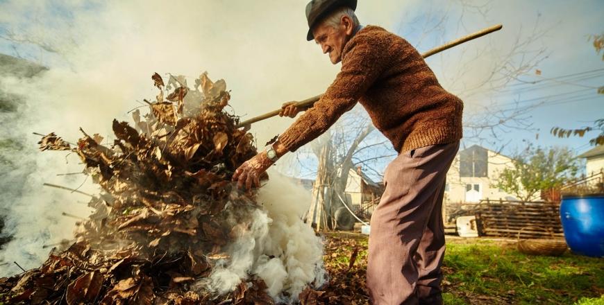 За спалювання листя вінничанам загрожують штрафи до 1 700 гривень
