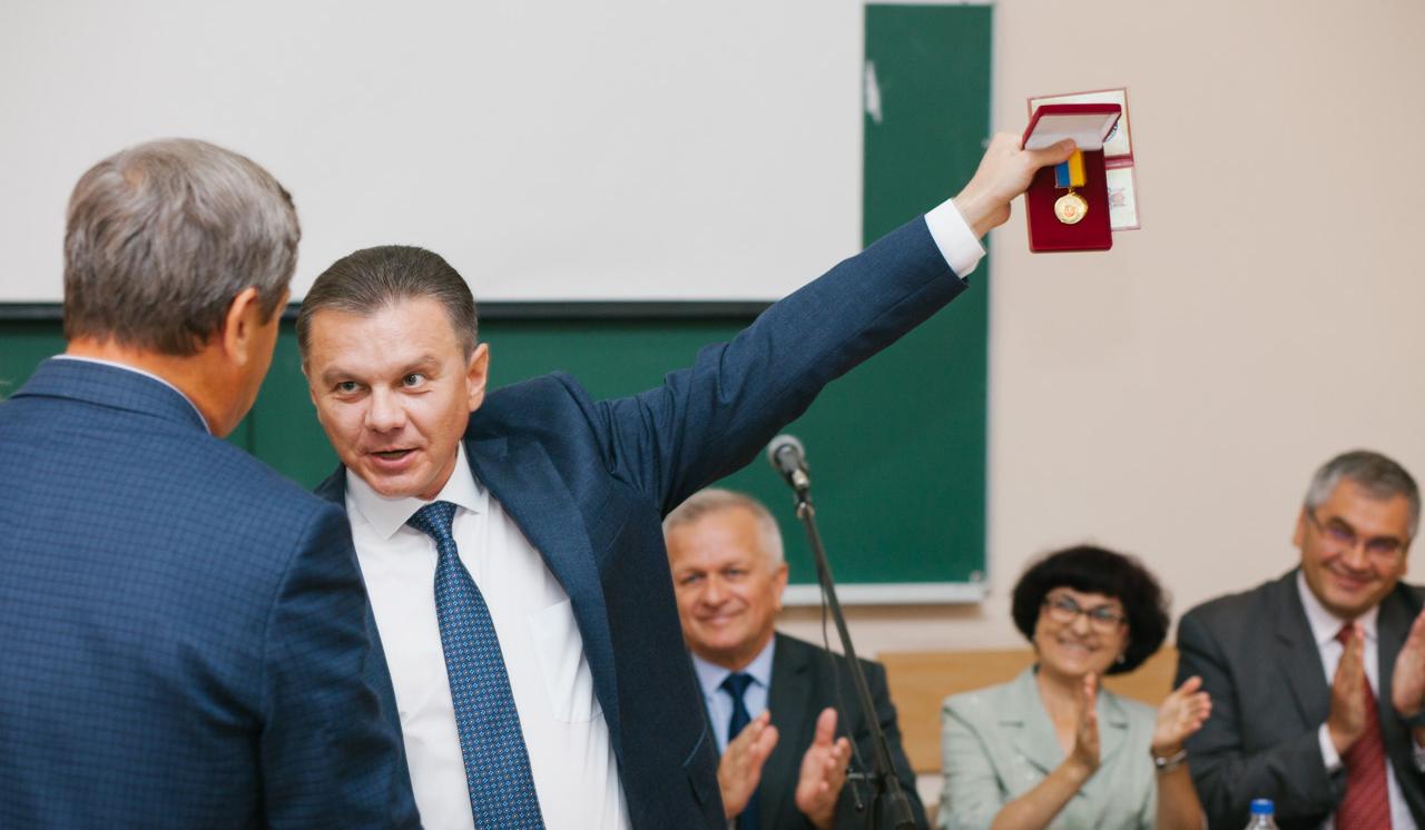 У Вінниці нагородили людей, які створили сучасний герб міста. ФОТОРЕПОРТАЖ