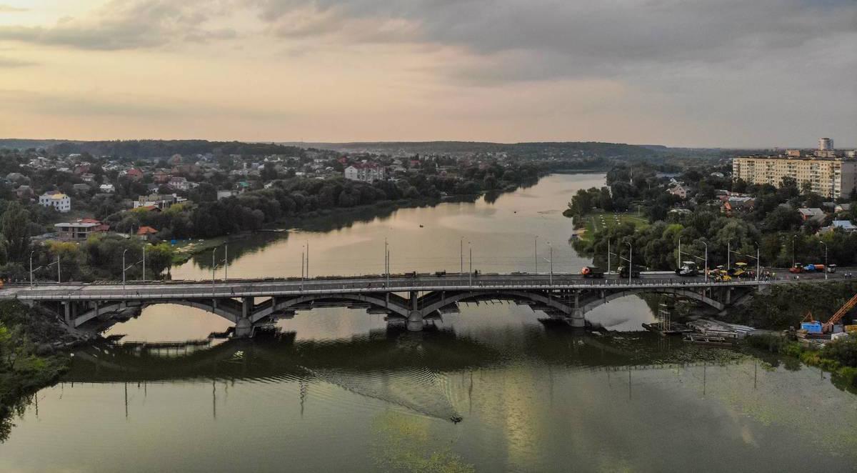 У Вінниці на Київському мосту незабаром встановлять нічну ілюмінацію