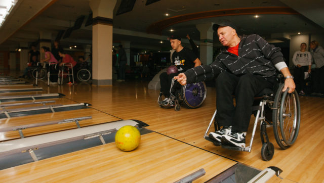 Грандіозна спортивна вечірка: у Вінниці відбулася осіння спартакіада серед людей з інвалідністю. ФОТО