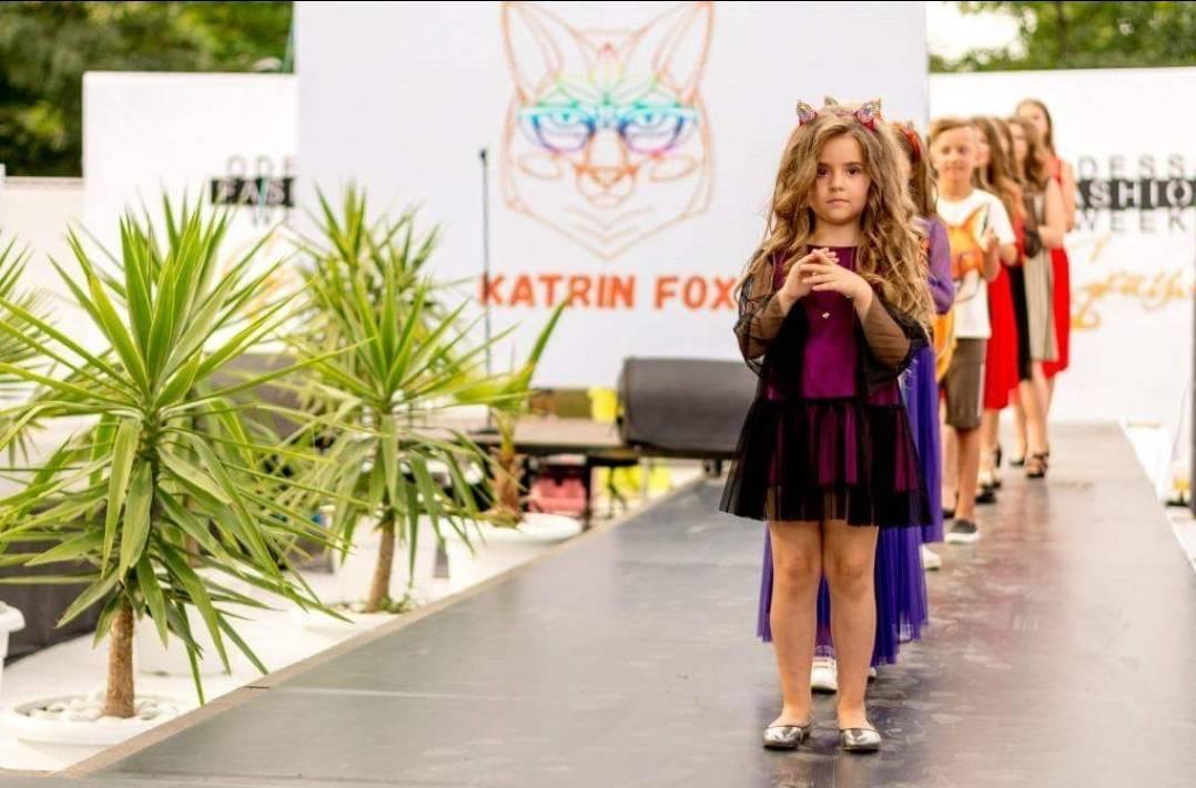 """""""Vinnitsa Fashion Week Kids"""": 10 дизайнерів з Білорусі та України і магія осіннього лісу"""