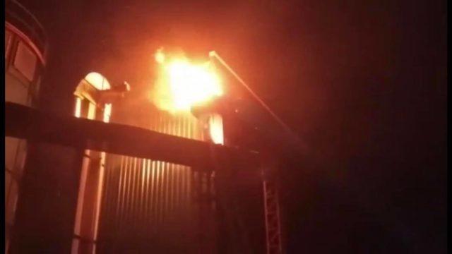 """У Вінниці сталася пожежа на """"Барлінеку"""". ФОТО, ВІДЕО"""