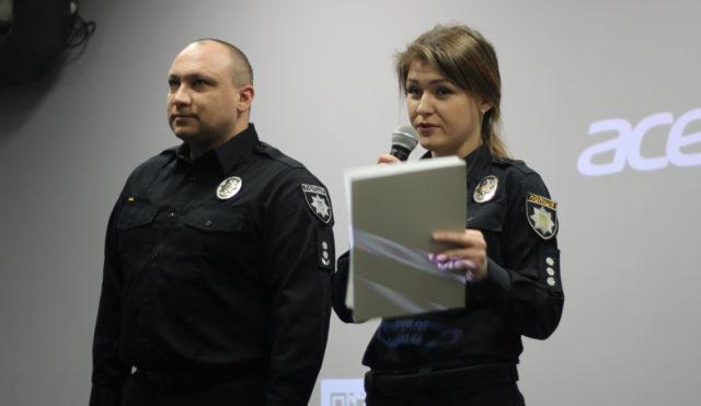 Шкільний офіцер поліції: у Вінниці розповіли, навіщо у школах впровадять уроки з патрульними. ФОТО