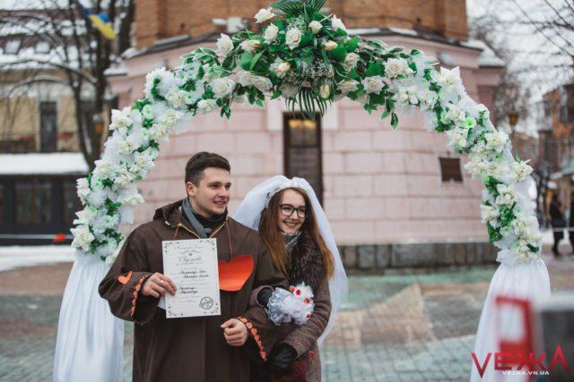 У Вінниці на День закоханих укладатимуть шлюб на добу і шукатимуть пари самотнім