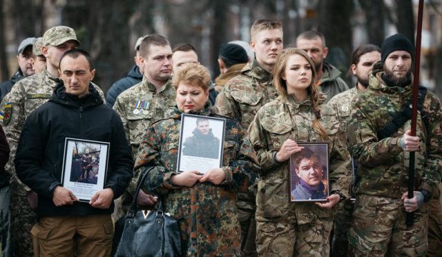 Лишаються в строю: у Вінниці вшанували добровольців, які захистили Україну. ФОТО