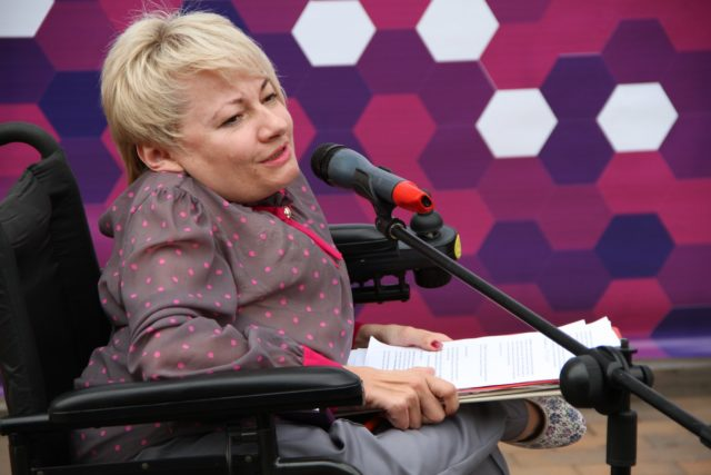 """У Вінниці відбудуться громадські слухання про перейменування центру """"Гармонія"""" на честь Раїси Панасюк"""