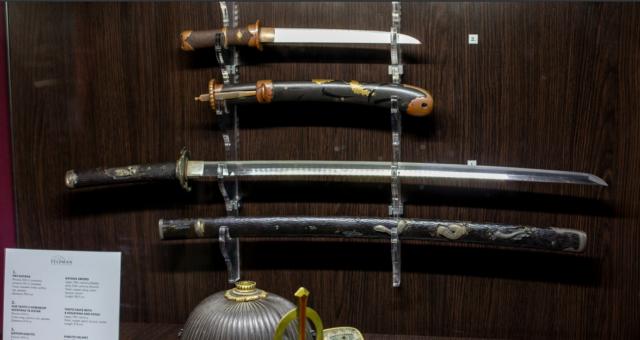 Бронзові ножі та загадкові стилети: у вінницькому музеї покажуть найдавнішу зброю
