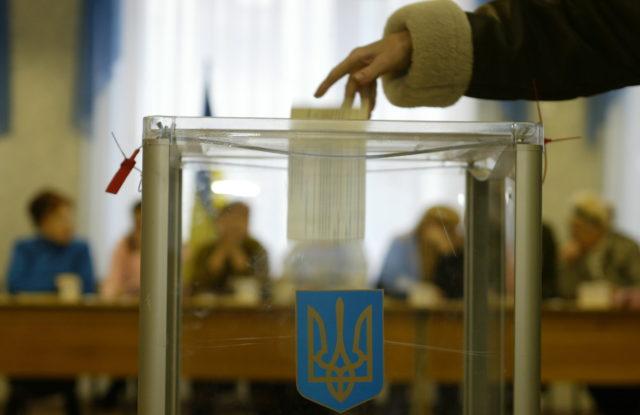 Трохи більше половини: попередні дані щодо явки виборців у Вінниці