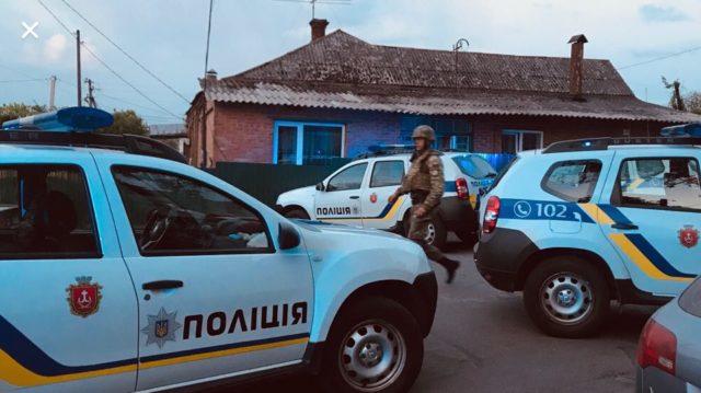 У Вінниці готуються до штурму підприємства, захопленого «тітушками». ФОТО, ВІДЕО