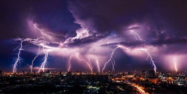 Грози та шквали: завтра на Вінниччині очікується погіршення погодних умов
