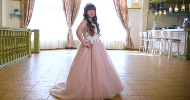 «Сонячна» дівчинка з Вінниці перемогла на міжнародному конкурсі краси. ФОТО