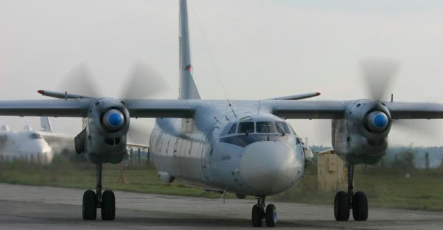 Вінницькі льотчики отримали відремонтований Ан-26