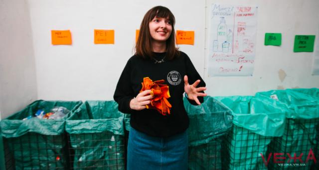 """У Вінниці відкрили першу станцію """"глибокого"""" сортування сміття. ФОТО"""