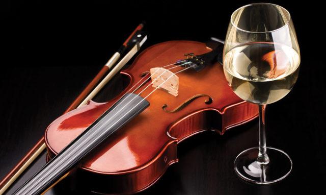 Музика Ейнауді, екскурсія й вино: вінничан запрошують на арт-вечірку до Художнього музею
