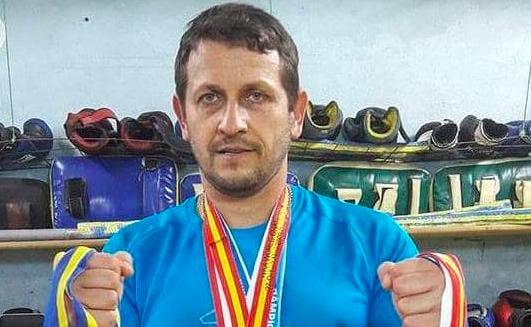 Чемпіон світу з кікбоксингу виступив на боці Московського патріархату під час конфлікту на Вінниччині . ФОТО, ВІДЕО