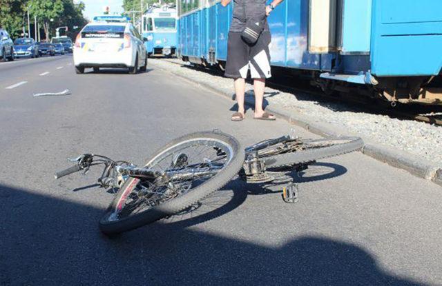 У Вінниці загинув велосипедист, якого збило авто на Хмельницькому шосе