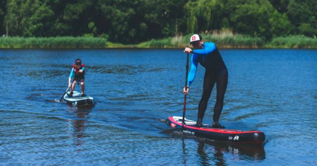 SUP-серфінг на Вишенському озері: вінничан запрошують безкоштовно покататися на дошках