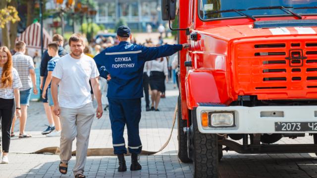 Вінницьку поліцію знову повідомили про про можливі вибухи у житлових будинках, дитсадках та лікарнях