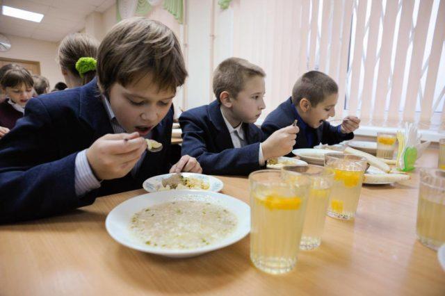 У Вінниці виділять додаткові кошти на харчування учнів-пільговиків