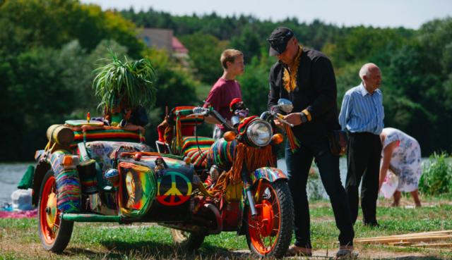 """""""Загул"""" на Вишенському озері: у Вінниці стартував фестиваль VinAugust Fest 2019. ФОТО"""