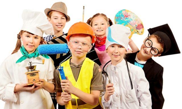 Бармен-шоу, флешмоб та квест: в центрі Вінниці школярам допомагатимуть обрати професію