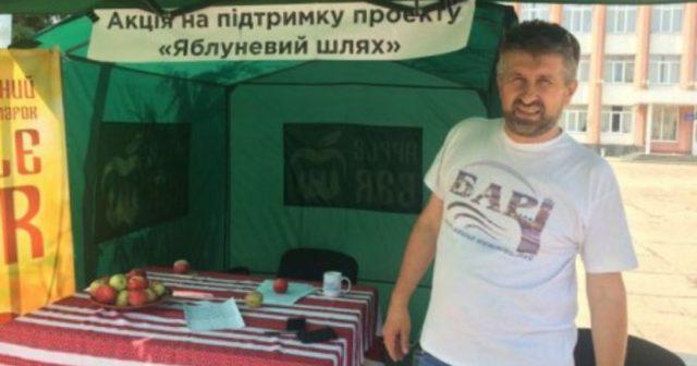 """На Вінниччині міський голова оголосив голодування через """"саботаж"""" голосування за """"Яблуневий шлях"""". ФОТО"""