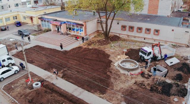 На Можайці у Вінниці облаштовують зону відпочинку з фонтаном. ФОТО