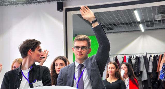 Стати державотворцем: у Вінниці студентів почали вчити впливати на країну. ФОТО