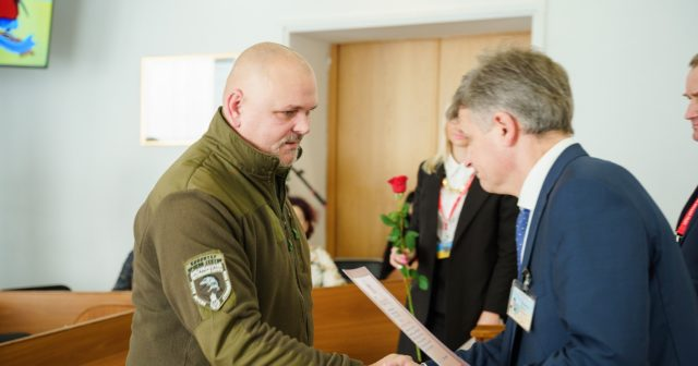 """У Вінниці привітали тих, хто """"допомагає і військовим, і майданівцям, і всій Україні». ФОТО"""
