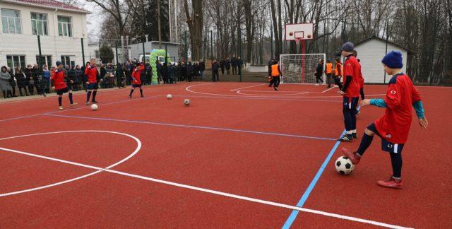 У Лука-Мелешківській ОТГ відкрили спортмайданчик за майже 1,5 мільйона гривень. ФОТО